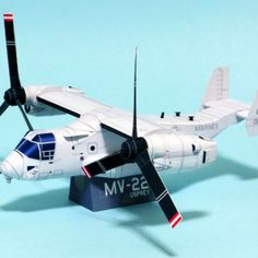 Dollhouse paper: Avión Osprey, Plane by Noriyuki Cardboard Toys, Paper Toys, Paper Crafts, Paper Airplane Models, Model Airplanes, Paper Planes, Mv 22, Papercraft Download, Free Paper Models