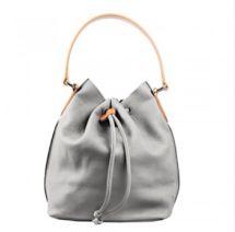 Lina Pelle Bucket Bag #GuysNGals #LinaPelle #bucketbag #purse #classic #professional #styleshack