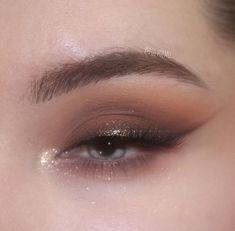 Makeup Eye Looks, Beautiful Eye Makeup, Eye Makeup Art, Halloween Makeup Looks, Cute Makeup, Glam Makeup, Pretty Makeup, Skin Makeup, Makeup Inspo