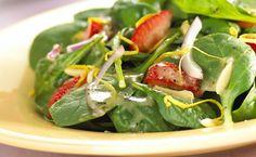 In-season strawberries with fresh spinach make a winning salad combination. Quick Dinner Recipes, Clean Recipes, Side Dish Recipes, Summer Recipes, Paleo Menu, Gluten Free Menu, Vegan Vegetarian, Dairy Free, Spinach Strawberry Salad