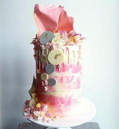 26 Fantastical Drip Wedding Cakes - Mon Cheri Bridals