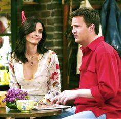 Friends Scenes, Friends Episodes, Friends Cast, Friends Season, Friends Moments, Friends Show, Friends Forever, Monica And Chandler, Chandler Bing