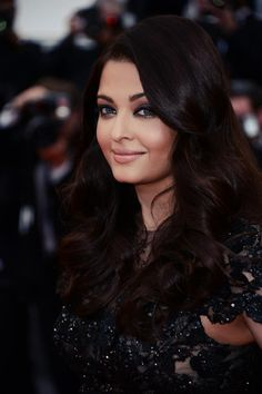 Aishwarya Rai Bachchan at the 66th annual cannes film festival. We love the minimal make up!