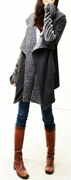 Winter look: bit coat, layers in grey, jeans, boots