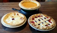 Artisan Bakeware Pie Plates Lustrous glazed exterior and unglazed interior creates perfect pie crusts. Available Soon!