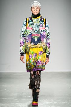 Manish Arora - Fall 2015 Ready-to-Wear - Look 30 of 45 winter is coming and I fuck with your mind....