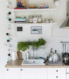 Ingredients at hand: bring the garden inside by growing herbs in the kitchen | #IKEAIDEAS from Olga's home