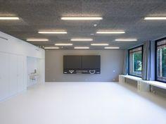 Gallery of Classroom Extension and Sports Hall / Zwimpfer Partner Architekten + Berrel Berrel Kräutler Architekten - 8