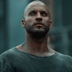 Lincoln The 100, Lincoln And Octavia, Best Tv Shows, Best Shows Ever, Ricky Whittle The 100, The 100 Poster, Werewolf Stories, The 100 Characters, The 100 Show