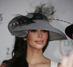 Traditional Hat Fashion: The Kentucky Derby 2011 Has Officially Begun