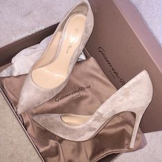 high heels – High Heels Daily Heels, stilettos and women's Shoes Heeled Boots, Shoe Boots, Shoes Heels, Flats, High Shoes, Black Shoes, Pumps, Stilettos, Jimmy Choo