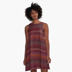 Bold Fashion, Fashion Design, Trendy Clothes For Women, Herren T Shirt, Dress Skirt, Dress Red, Chiffon Tops, Designer Dresses, Printed