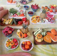 Dans la lignée des créations de Fairchildart ou de Shay Aaron, voici aujourd'hui les adorables miniatures culinaires de Stéphanie Kilgast, une artiste fra