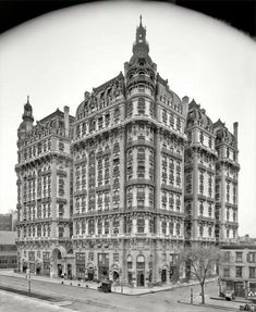 Circa 1906. Ansonia Apartments, 73rd St  Broadway, New York City.  Still there, still a beauty.