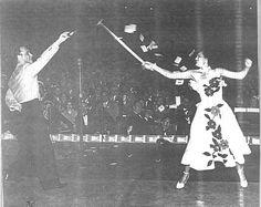 Madeleine Haskell, Magician's Assistant, Wearer of Juli Lynne Charlot Skirts | The Vintage Traveler