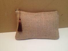 Pochette en toile de jute brute,doublure en toile de coton chocolat : Sacs à main par mya-accessoires-creations