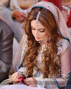 Image may contain: 1 person, closeup Desi Wedding, Wedding Pics, Wedding Bride, Wedding Day, Wedding Bells, Pakistan Bride, Pakistan Wedding, Pakistani Bridal Makeup, Mehndi Brides