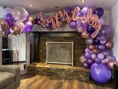 Rose gold, lavender and purple. Gold Birthday Party, 18th Birthday Party, Happy Birthday Balloons, Birthday Cake, Purple Birthday Decorations, Gold Party Decorations, Party Themes, Birthday Ideas For Her, Purple Balloons