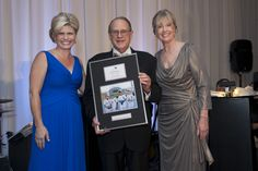 93rd Woman's Board September Gala:  Andrea Thome (l) and Gayle Spruance (r) present Mr. Reinsdorf (c) with the Pauline K. Palmer Award