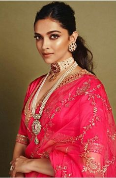 Deepika Padukone in Sabyasachi Pink Organza Saree. To customizations please contact us through WhatsApp Sari Design, Mode Bollywood, Bollywood Fashion, Style Deepika Padukone, Deepika Padukone Hairstyles, Indian Dresses, Indian Outfits, Look Fashion, Indian Fashion