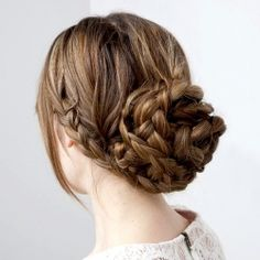 DIY braided bun, and 3 other DIY projects : pompon shoe clips, ombre napkins, and tinted lip balm. (image via modcloth blog)