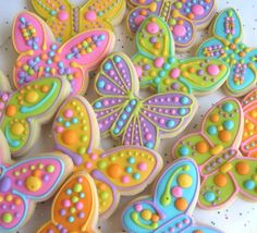 Butterfly Cookies Butterfly Decorated Cookies por lorisplace                                                                                                                                                                                 Más