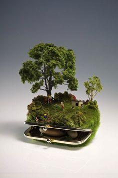 Miniature sculpture from aboriginal artist Kendal Murray