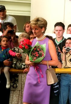Princess Diana at the Victor Chang Cardiac Research Institute in Sydney, Australia, November 1, 1996.