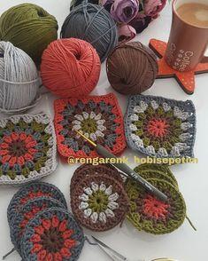 Transcendent Crochet a Solid Granny Square Ideas. Inconceivable Crochet a Solid Granny Square Ideas. Freeform Crochet, Crochet Motif, Crochet Yarn, Crochet Stitches, Crochet Patterns, Granny Square Crochet Pattern, Crochet Squares, Crochet Home, Crochet Crafts