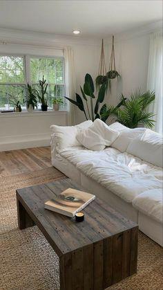 Dream Home Design, Home Interior Design, House Design, Living Room Decor, Bedroom Decor, Aesthetic Room Decor, Dream Apartment, Dream Rooms, My New Room