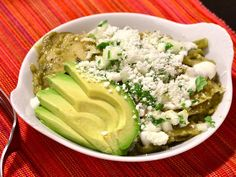 Chilaquiles! Chilaquiles    460 x 307 pixels    32KB    The image is at:   www.simplyrecipes.com/recipes/chilaquiles