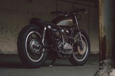 Cafe Racer Pasión — Yamaha XS650 Brat Style by Soyouz Cycles - Photos...