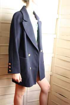 Double breasted short wool coat size