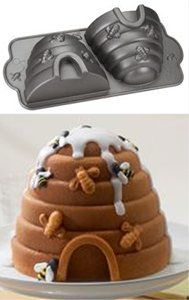 Beehive Cake Pan - Stand-up