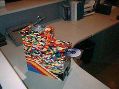 I give you the LEGO PC case! Made up of tiny LEGO blocks, this case deserves a creativity award right away. It has room for a DVD-ROM drive,...