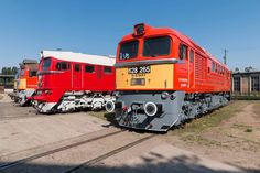 H-Start MÁV 628 series 50 years anniversary Rail Train, Bahn, Diesel, Vehicles, Anniversary, Trains, Europe, Diesel Fuel, Car
