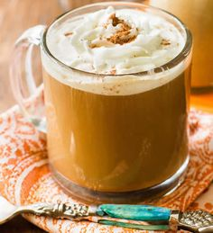From Sally's Baking Addiction, an easy homemade pumpkin spice coffee creamer recipe that's perfect for getting your fall on, y'all. Pumpkin Coffee Creamer, Homemade Coffee Creamer, Coffee Creamer Recipe, Pumpkin Spice Syrup, Spiced Coffee, Pumpkin Puree, Diy Pumpkin, Vegan Pumpkin, Healthy Pumpkin