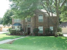 407 Longfellow Dr., Highland Village, TX 75077 Fabulous 4 bedroom Highland Shores home.  Backs to lush greenbelt!