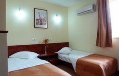 Oferta hotel CAMERA SINGLE: -145RON/NOAPTE(L-J)                                     -125RON/NOAPTE(V-D) #hotel #oferta #cazare #interior #camera