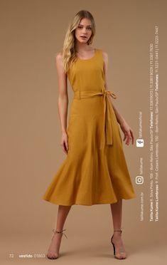Talita Kume – Blusas, vestidos, saias e roupas femininas Sewing Dresses For Women, Dresses For Work, Clothes For Women, Dress Sewing, Club Dresses, Casual Dresses, Fashion Dresses, Midi Dress With Sleeves, Dress Up