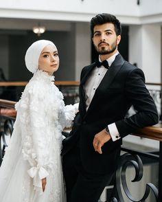 Arabic Wedding Dresses, Muslim Wedding Dresses, Elegant Wedding Dress, Bridal Dresses, Hijabi Wedding, Muslimah Wedding Dress, Wedding Poses, Conservative Wedding Dress, Hijab Fashion