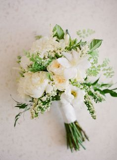 Wedding Flower Bouquets - Your bouquet is more than just a bundle of different blooms. Playing off of seasonal trends, or utilizing your favorite garden-picked assortment, the bouquet you carry on your big day serves as an … White Wedding Bouquets, Bride Bouquets, Green Wedding, Floral Wedding, Flower Bouquets, Wedding White, Bridesmaid Bouquet White, Bridal Bouquet Diy, Wedding Flowers