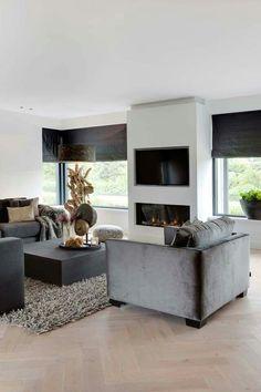 "Foto: Denise Keus ‐ ""Stijlvol Wonen"" ‐ © Sanoma Regional Belgium N. Living Room Tv, Home And Living, Living Spaces, Sweet Home, Living Room Inspiration, Home Interior Design, Cosy Interior, Modern Interior, Living Room Designs"