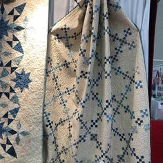 Edyta Sitar makes the most beautiful quilts! Two Color Quilts, Blue Quilts, Scrappy Quilts, White Quilts, Houston Quilt Show, Irish Chain Quilt, Laundry Basket Quilts, Quilt Block Patterns, Quilt Blocks