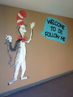 Dr. Seuss - Cat in the Hat - Welcome Sign
