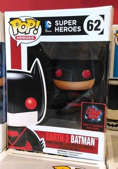 Funko POP! DC Comics Batman Earth 2 First to Market Comicon #62 Vinyl Figure