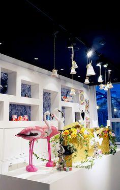 Special Event for Andaz Hotel Table decorations for an Alice in Wonderland theme www.apbloem.nl Florist Amsterdam Bloemist Bloemen Flowers Marcel Wanders Flamingos