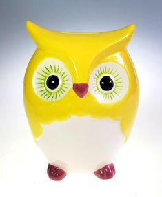 Hand Painted Ceramic Retro Yellow Owl Still Piggy Bank | Etsy Cupcake Party Favors, Hand Painted Ceramics, Ceramic Painting, Trinket Boxes, Small Gifts, Piggy Bank, Christmas Gifts, Ceramic Owl, Pennies