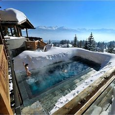 Hot Tub in the Swiss Alps #TourThePlanet