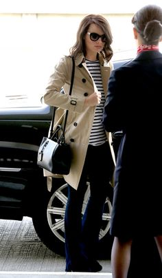 4b9211cb03 Margot Robbie Flies Post-Oscars with a Fendi Tote - Page 2 of 5 -